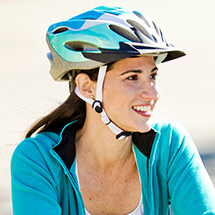 fitting-a-bicycle-helmet